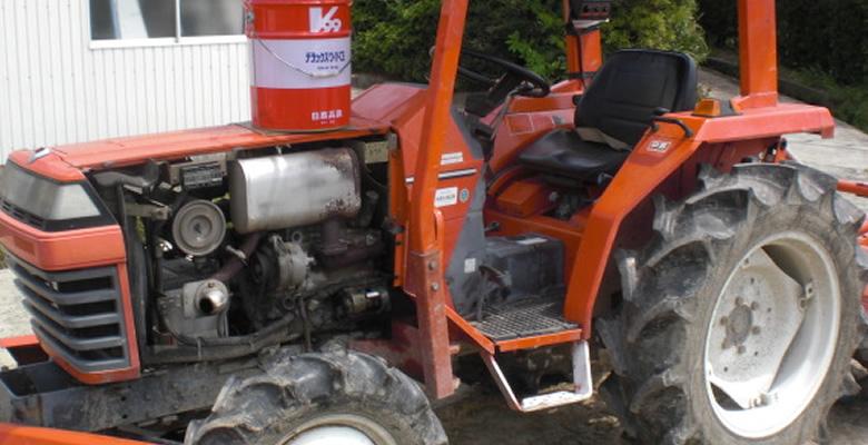 農機具のエンジン